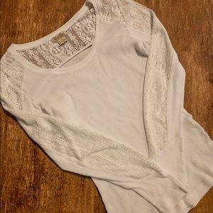 Lucky brand thermal long sleeve with lace